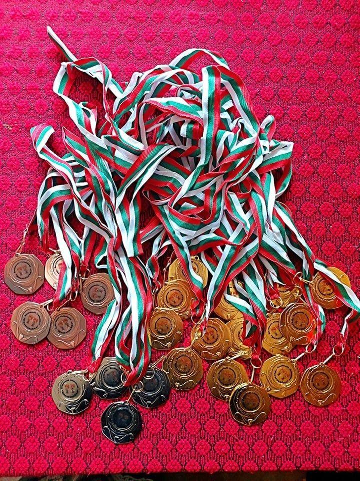 Дъжд от медали за Радославовци! - голяма снимка