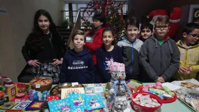 Коледен базар - СУ Цветан Радославов - Свищов